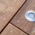 terrasse bois avec éclairage intégré