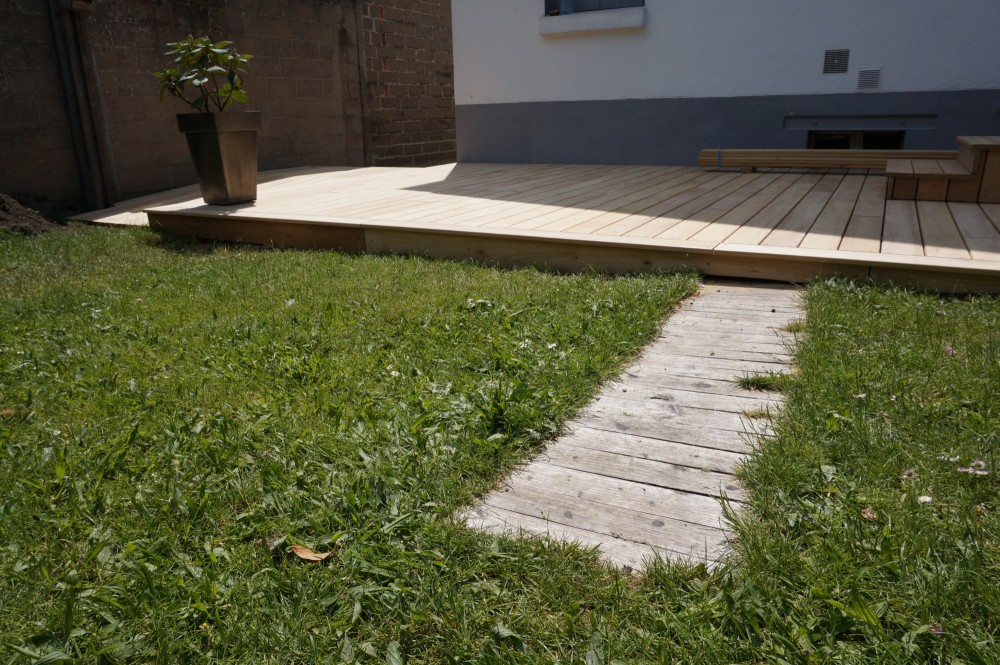 Terrasse bois en robinier diverses id es de for Lame de terrasse robinier