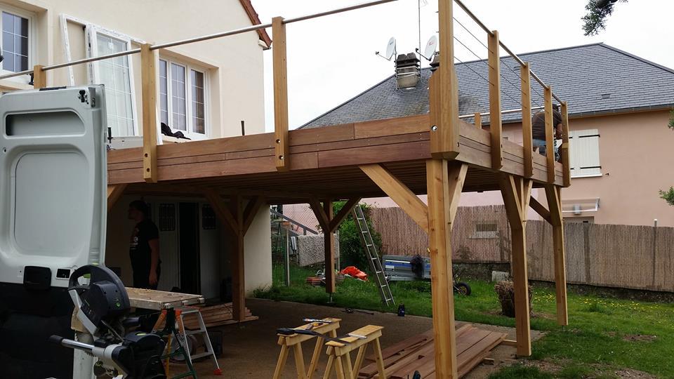 Terrasse en bois suspendue beaugency loire eco bois for Plan d une terrasse en bois sur pilotis