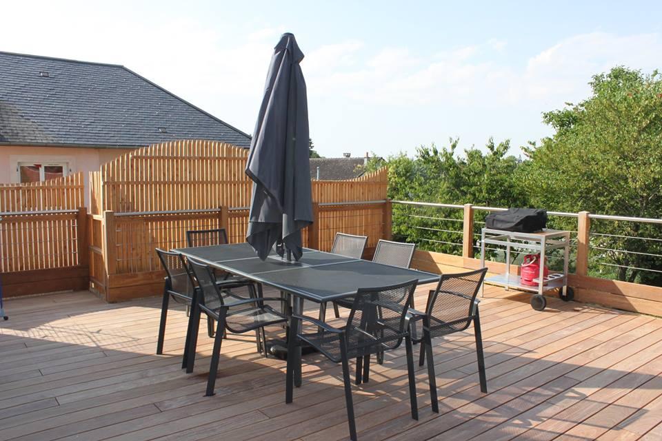 Terrasse en bois suspendue beaugency loire eco bois for Terrasse bois surelevee