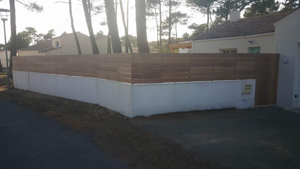 Construction d 39 une cl ture en bois loire eco bois for Realiser une cloture en bois