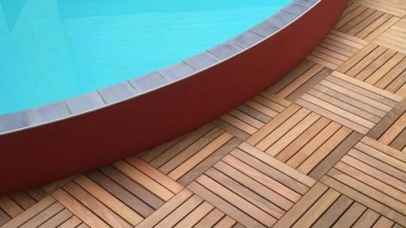 Terrasse de piscine bois loire eco bois for Construction piscine orleans